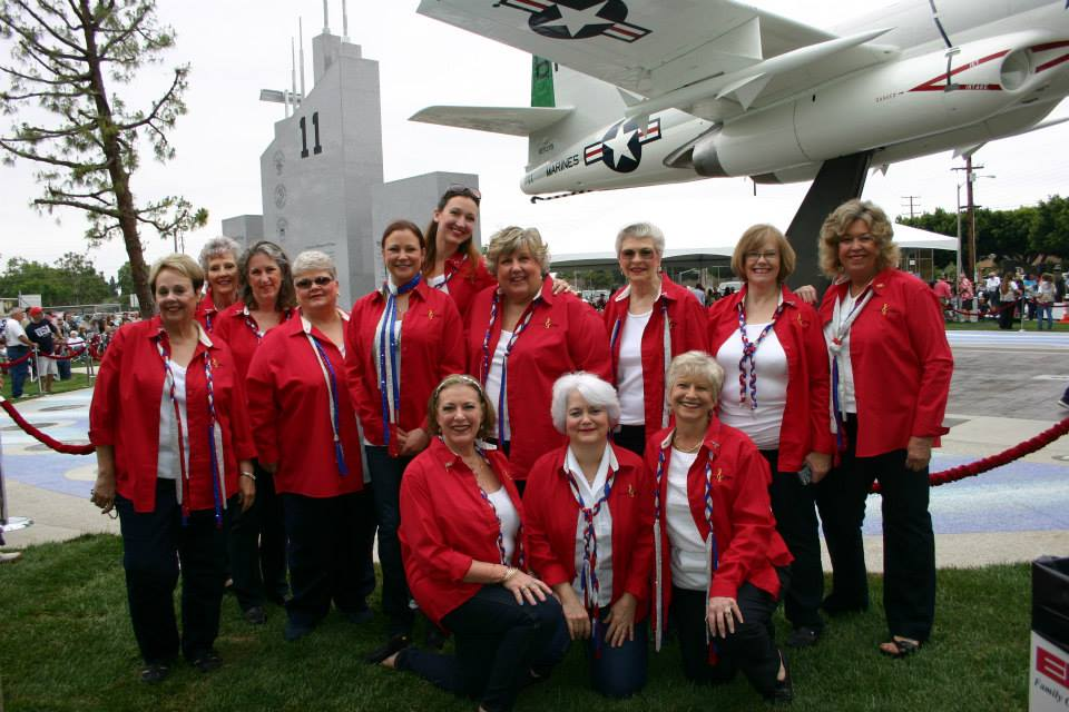 BeachGirls at_VeteransMemorialPlaza_MemorialDay2015